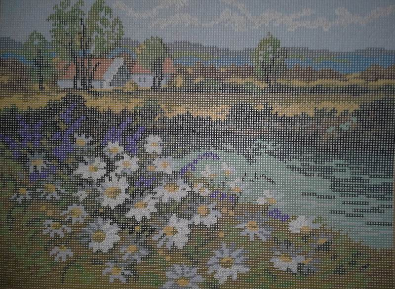 AMC 27837 Wiese Mit Rittersporn/Meadow With Larkspur Needlepoint Canvas