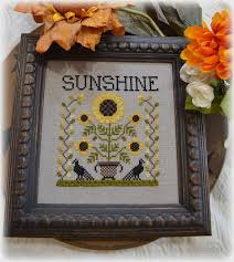 Annie Beez Folk Art #NW-45 Sunshine
