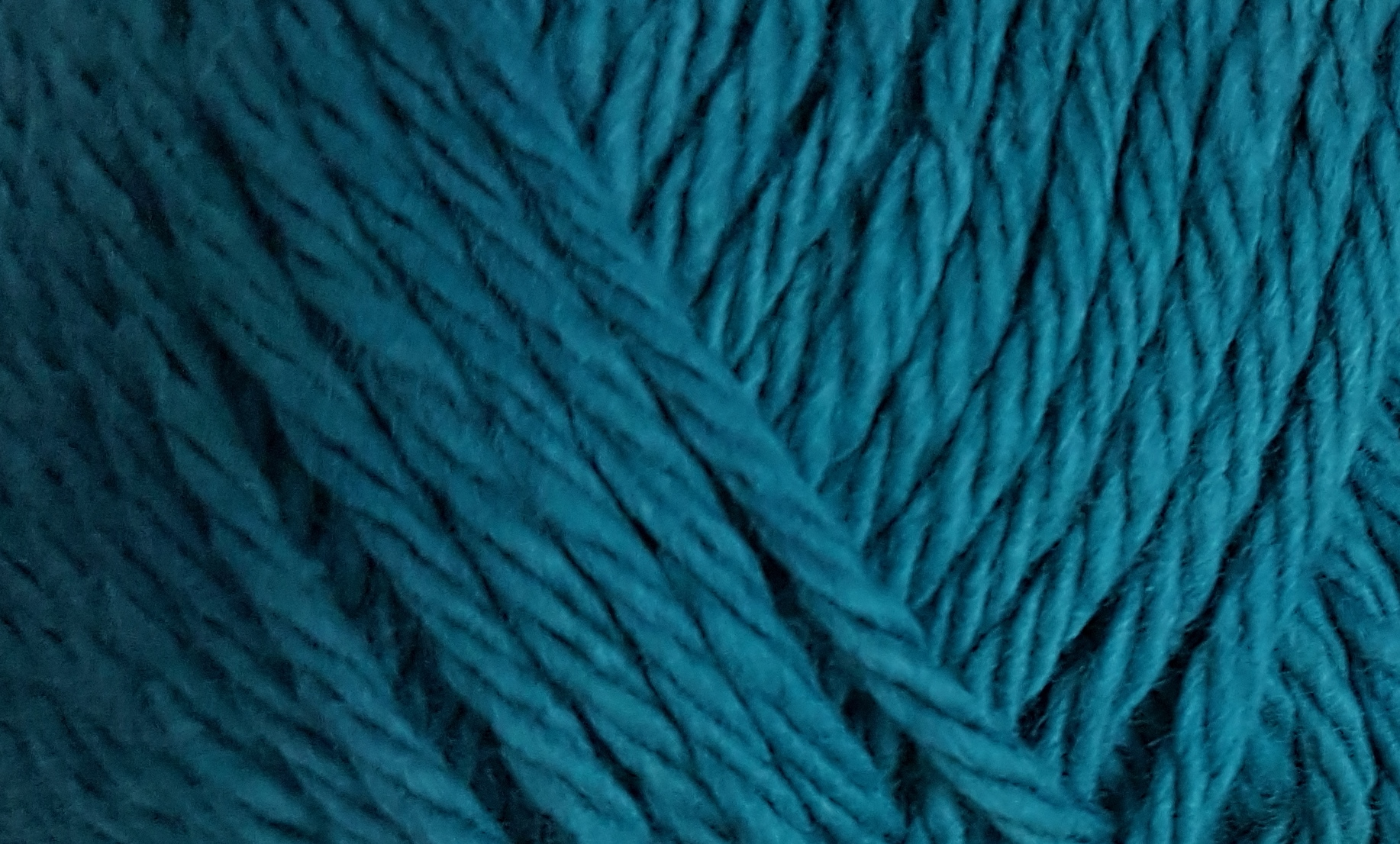 Bernat Handicrafter 1745 Teal 1.75 ounce or 50 gram ball. 100% Cotton.