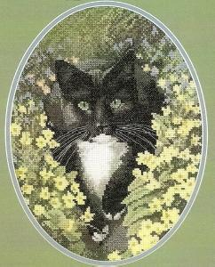 Heritage Stitchcraft JSBL346 Black And White Cat (X Stitch Pattern Only)