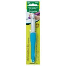 Clover Amour 15 mm/US P/Q Crochet Hook