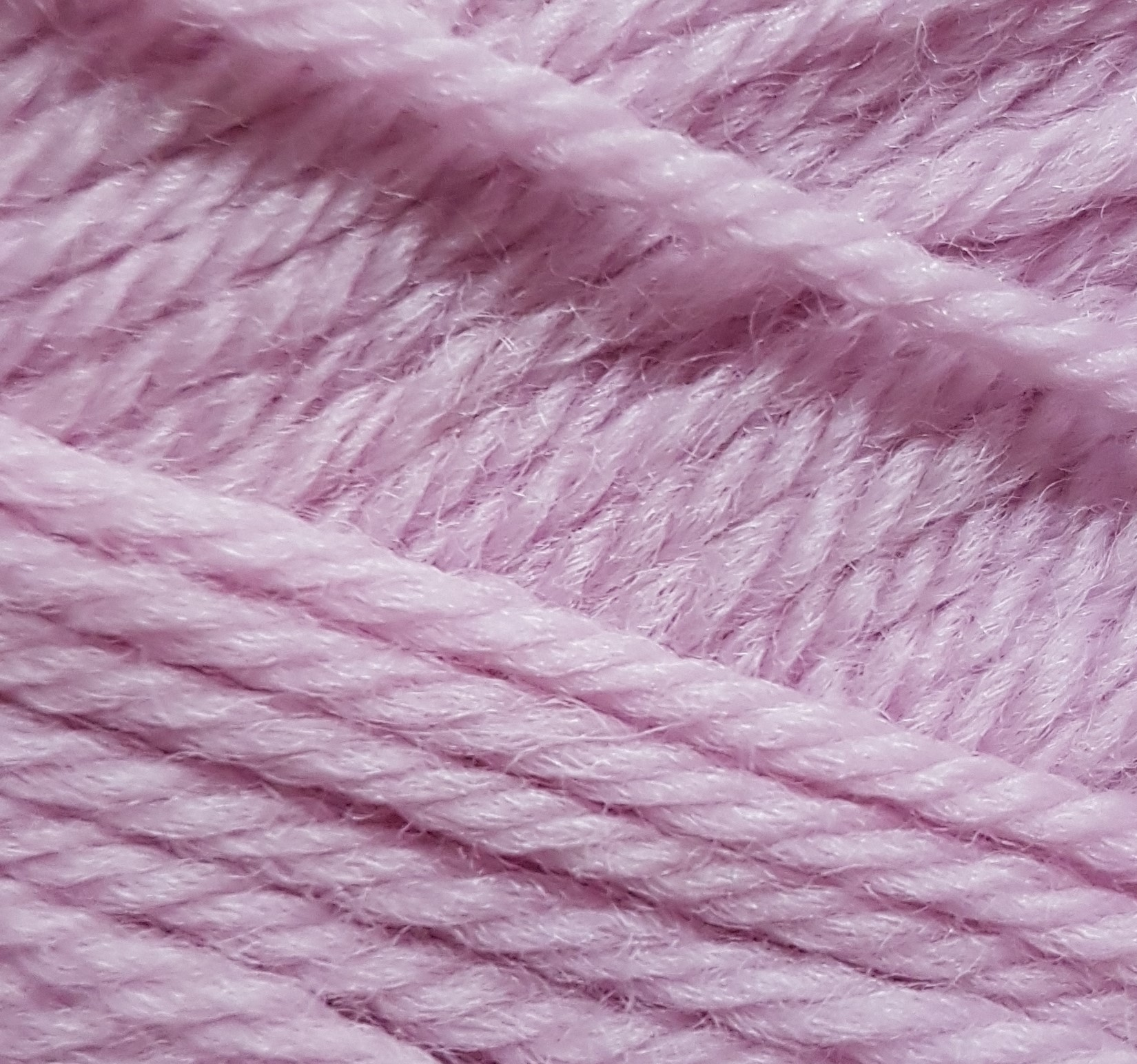 Diamond Luxury Galway Worsted 7307 Soft Rose Pure Wool